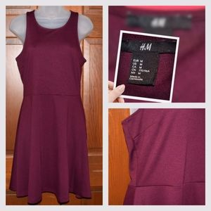 H&M Burgandy solid sleeveless dress, M